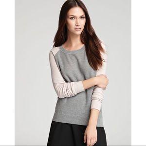 Theory Modele Cinda B Cashmere Sweater in Gray